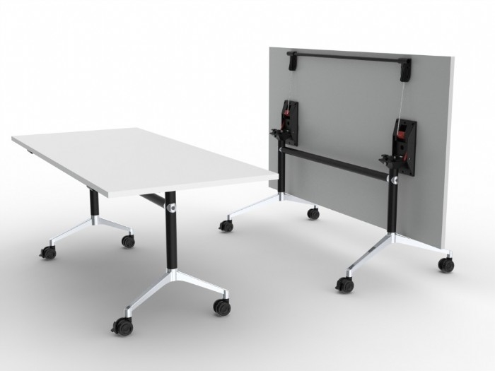 UR Folding Tables